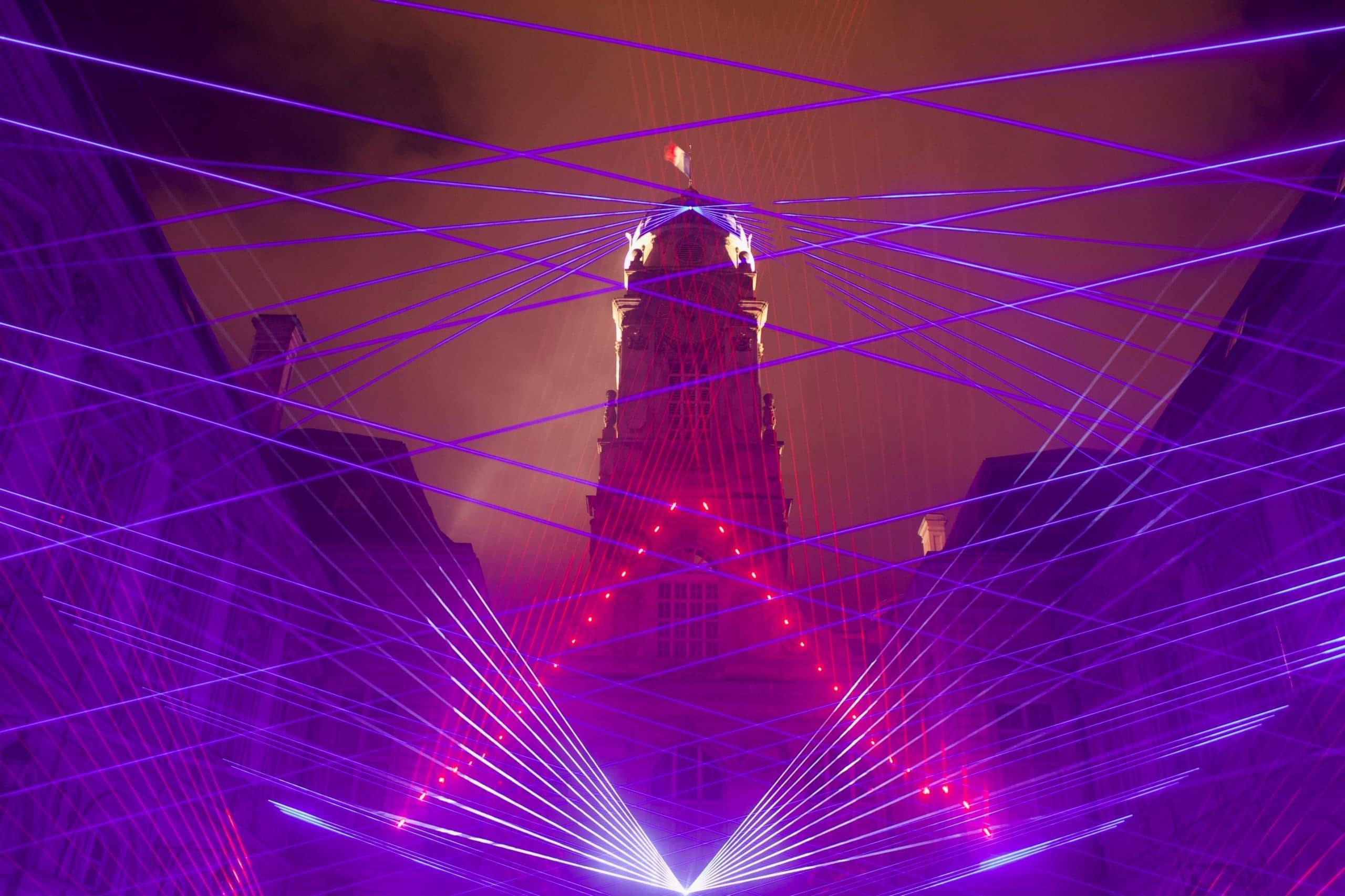 lazer teknolojisi-lazerlerle yapılan bir gösteri