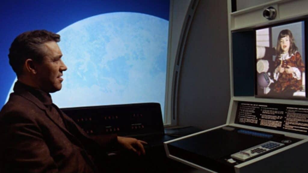 bilim kurgu evreni ve teknoloji filmlerinin en ünlüsü 2001 uzay destanı