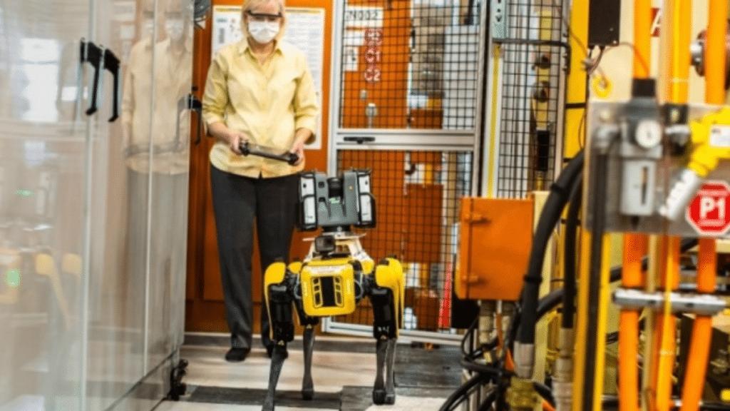 ford boston dynamics robotu kullanıyor