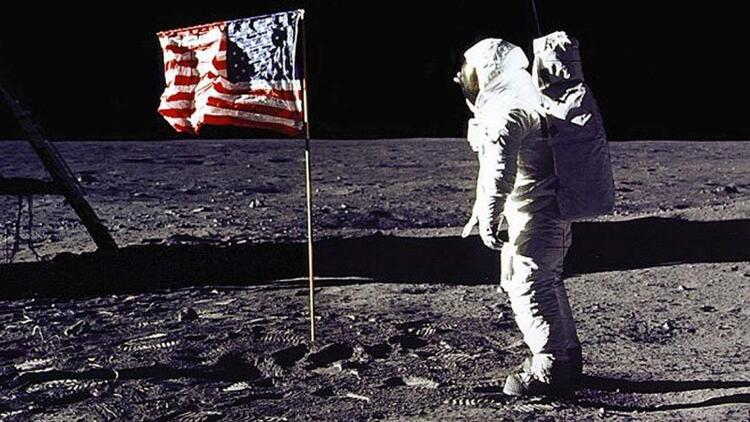 Cape Canaveral Hava kuvvetleri üssü Ay'a ayak basma operasyonu