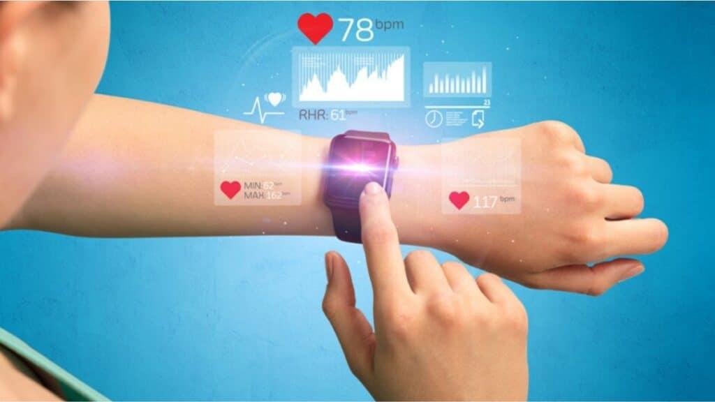 tıp dünyasında teknolojinin yeri demek giyilebilir cihazlar da demektir.