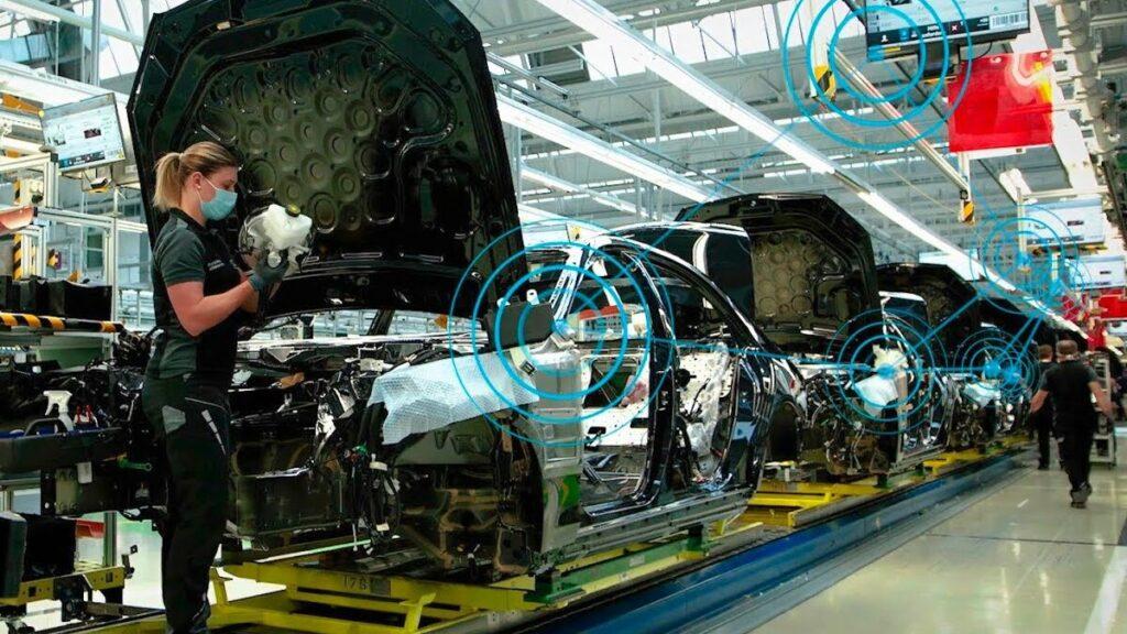 Mercedes Dijital Üretim Platformu