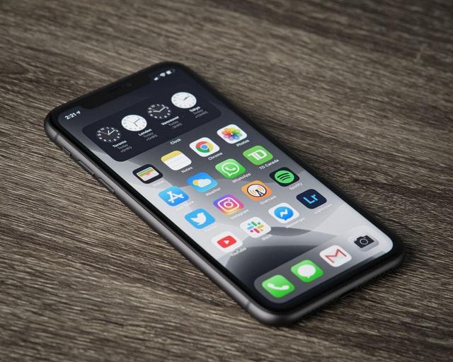 apple-shazam-iPhone
