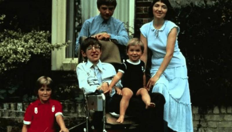 Stephen Hawking ve ailesi