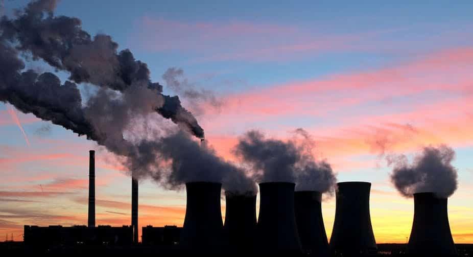Fabrikalardan Çıkan Karbon Gazı