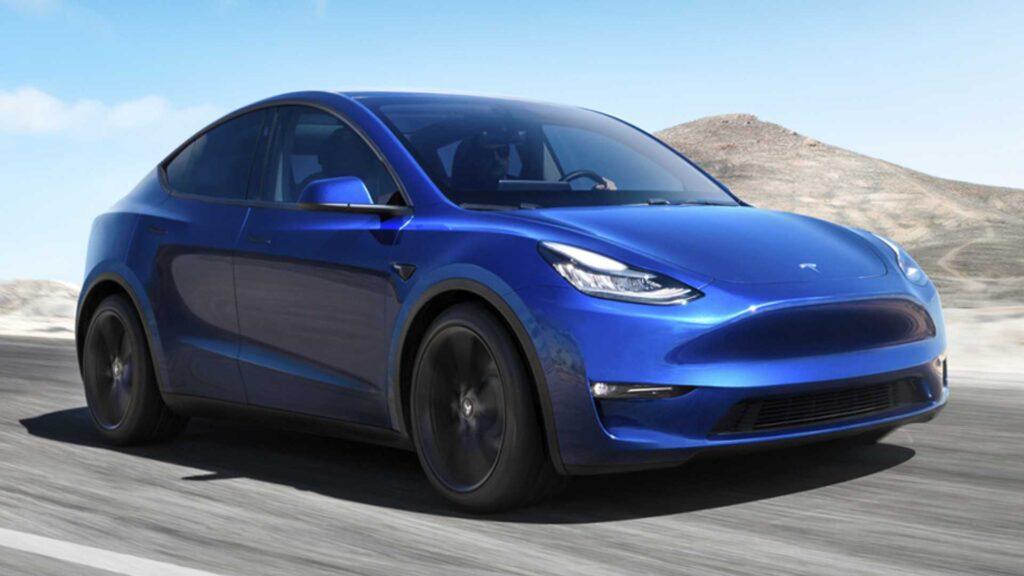 tesla elektikli araç model y