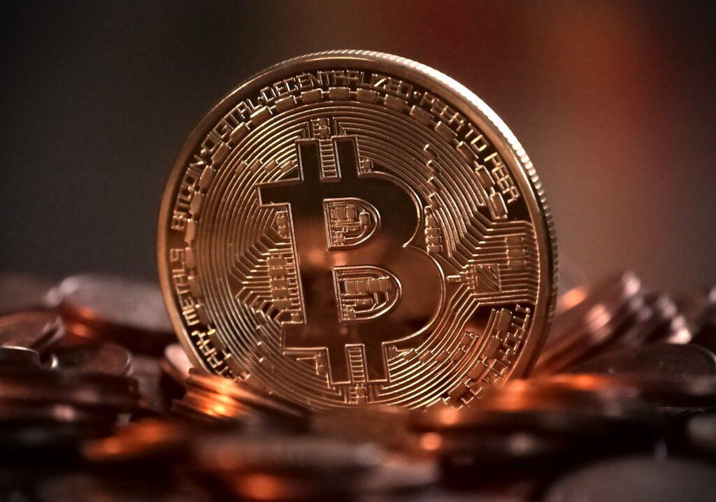 Tesla'nın Bitcoin ve Kripto Para Yatırımı