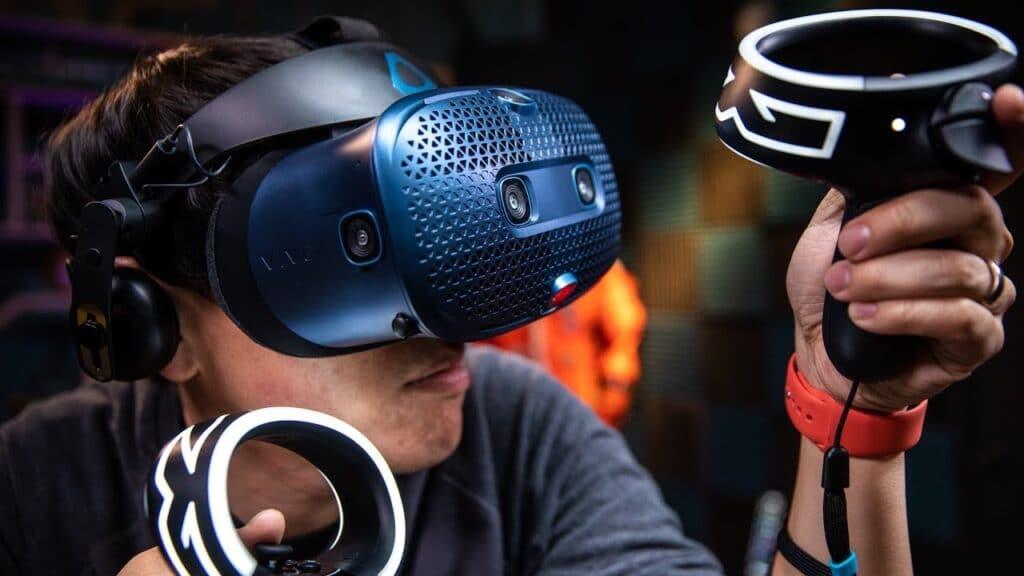 HTC Vive Cosmos sanal gerçeklik gözlüğü önerileri