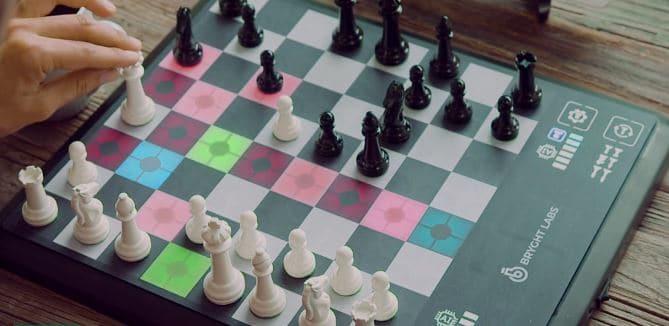 ChessUp Akıllı Satranç Tahtası