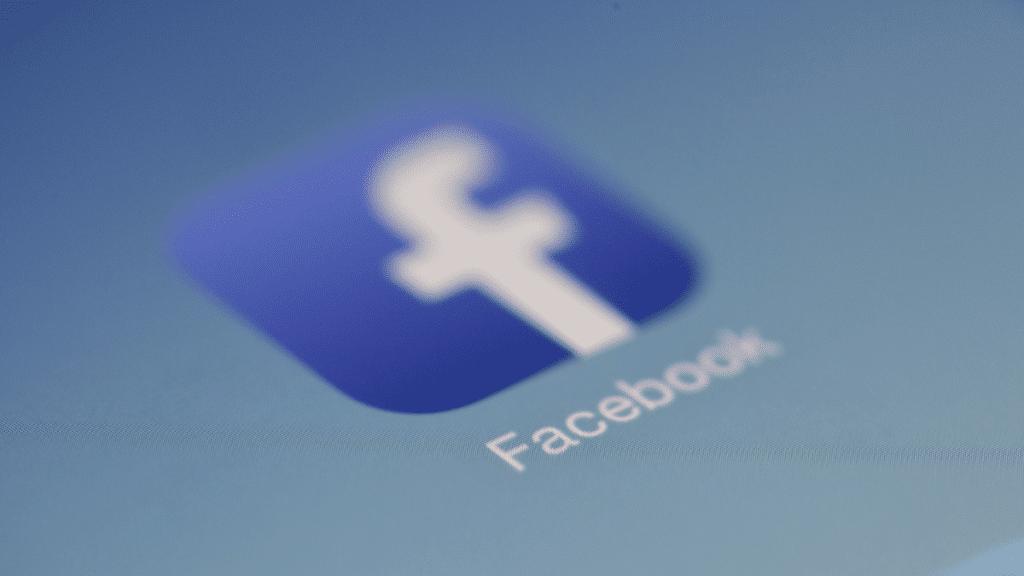 Facebook Kullanıcı Verileri Sızdırıldı