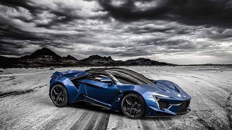 Lykan Fenyr Supersport dünyanın en hızlı arabası