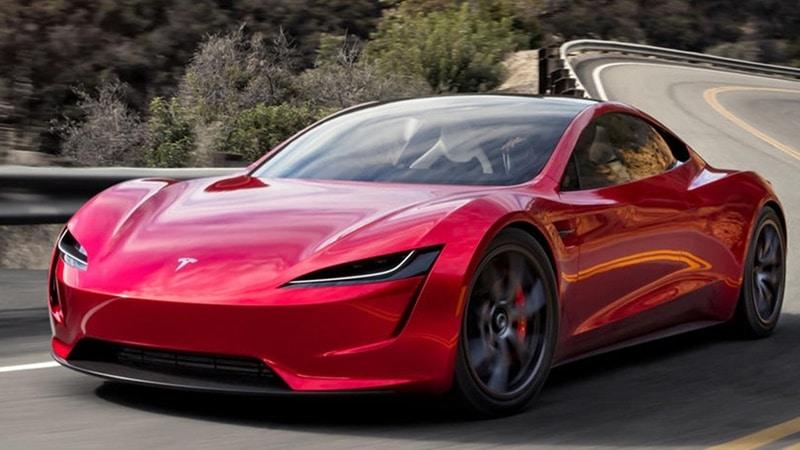Tesla Roadster dünyanın en hızlı arabası