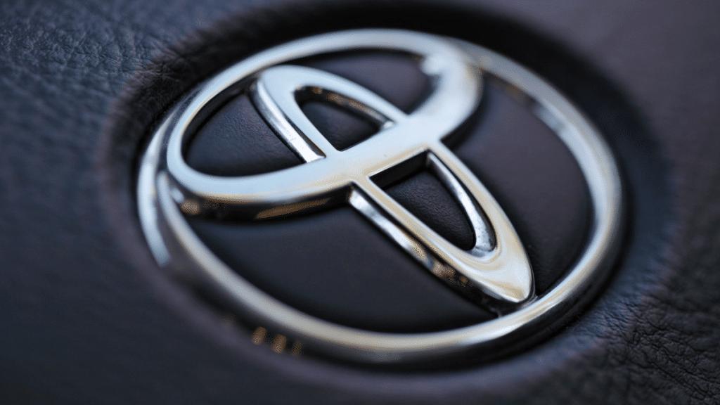 Toyota-Otonom-Arac-icin-Aurora-ile-de-Calisiyor