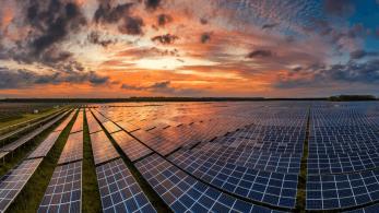 Güneş Enerjisi Çiftlikleri: Dünyanın En Başarılı Tasarımları