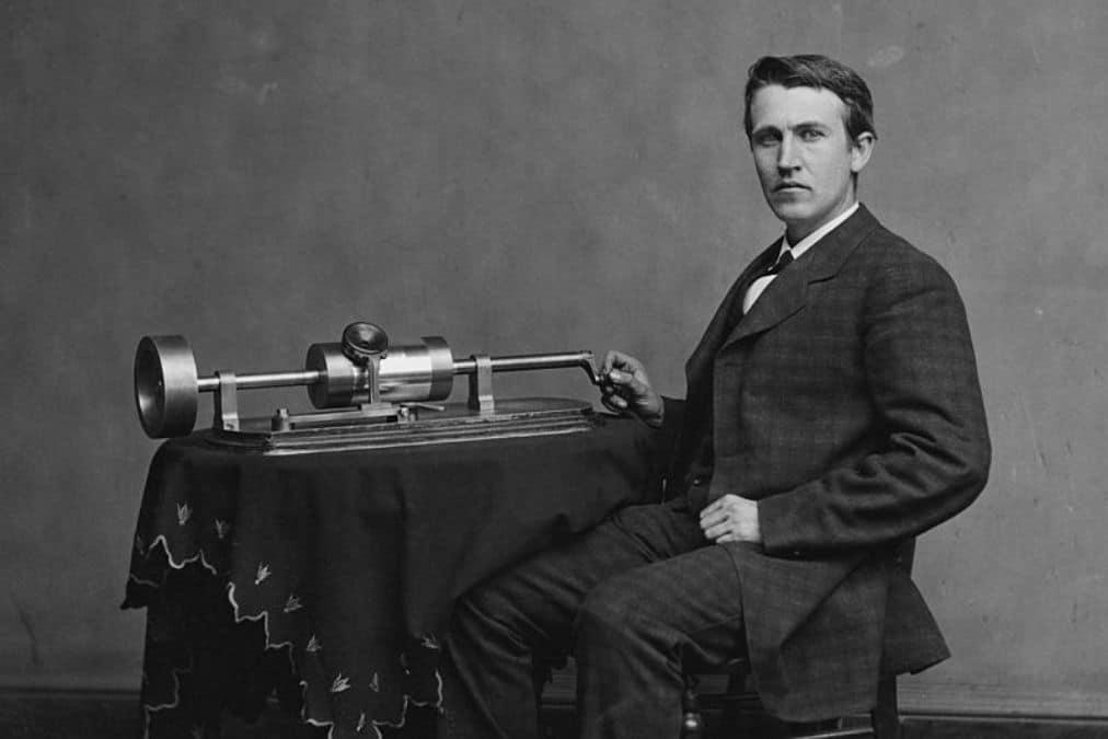 Thomas-Edison-fonograf