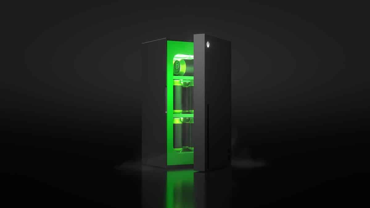 Xbox Mini Buzdolabı Tanıtıldı: Bu Yaz Geliyor!