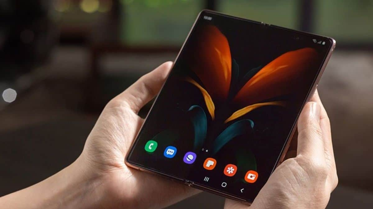 Samsung Katlanan Telefon Patenti