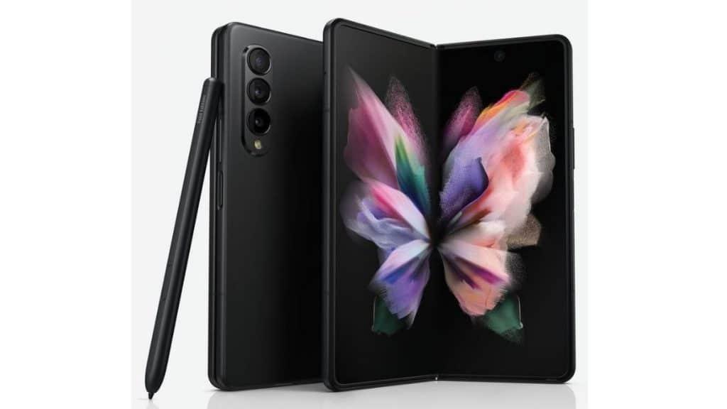 Samsung Z Fold 3 UNPACKED etkinliğinde tanıtılacak en dikkat çekici cihaz.