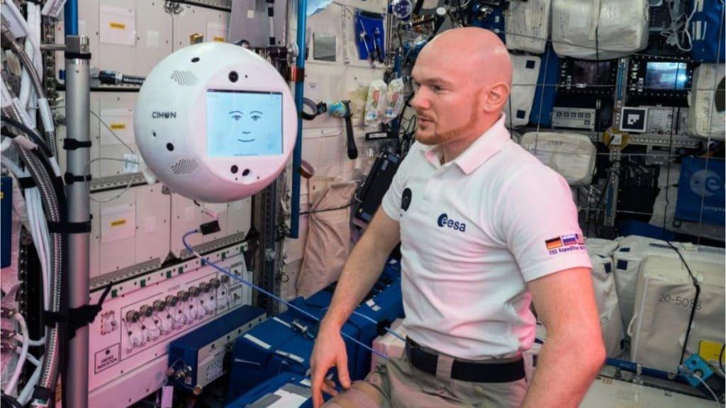 CIMON-ve-astronot