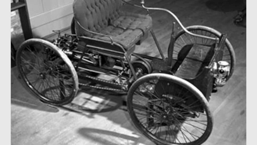 1896'da Tasarladığı İlk Otomobili